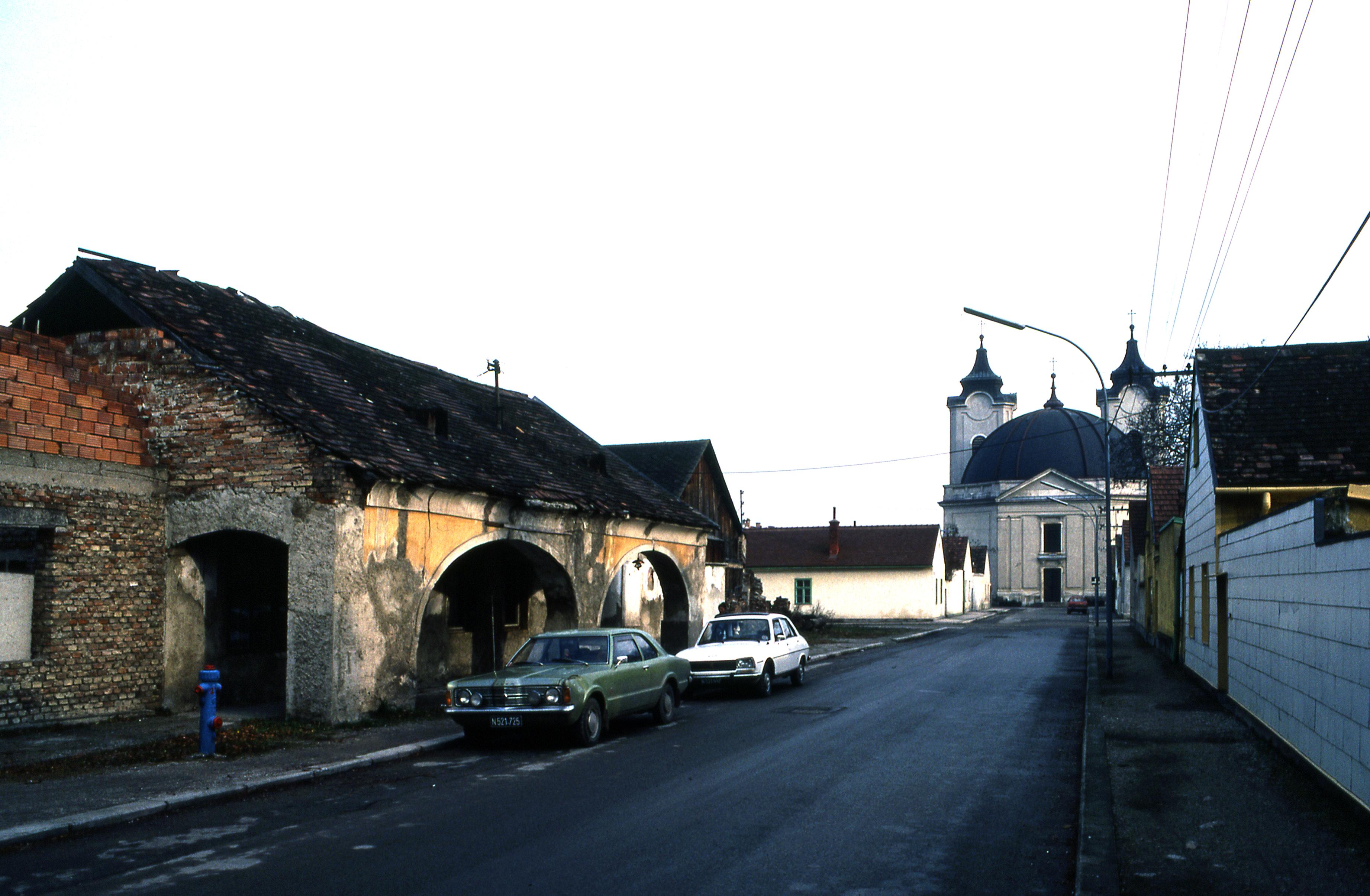Escort Service Lichtenwrth (Wiener Neustadt)   Locanto