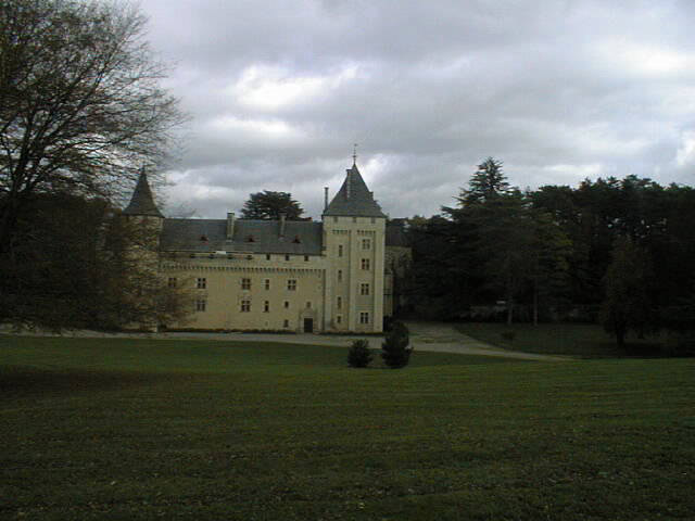 Abbaye de Loc Dieu (vue du Portail d'entrée)