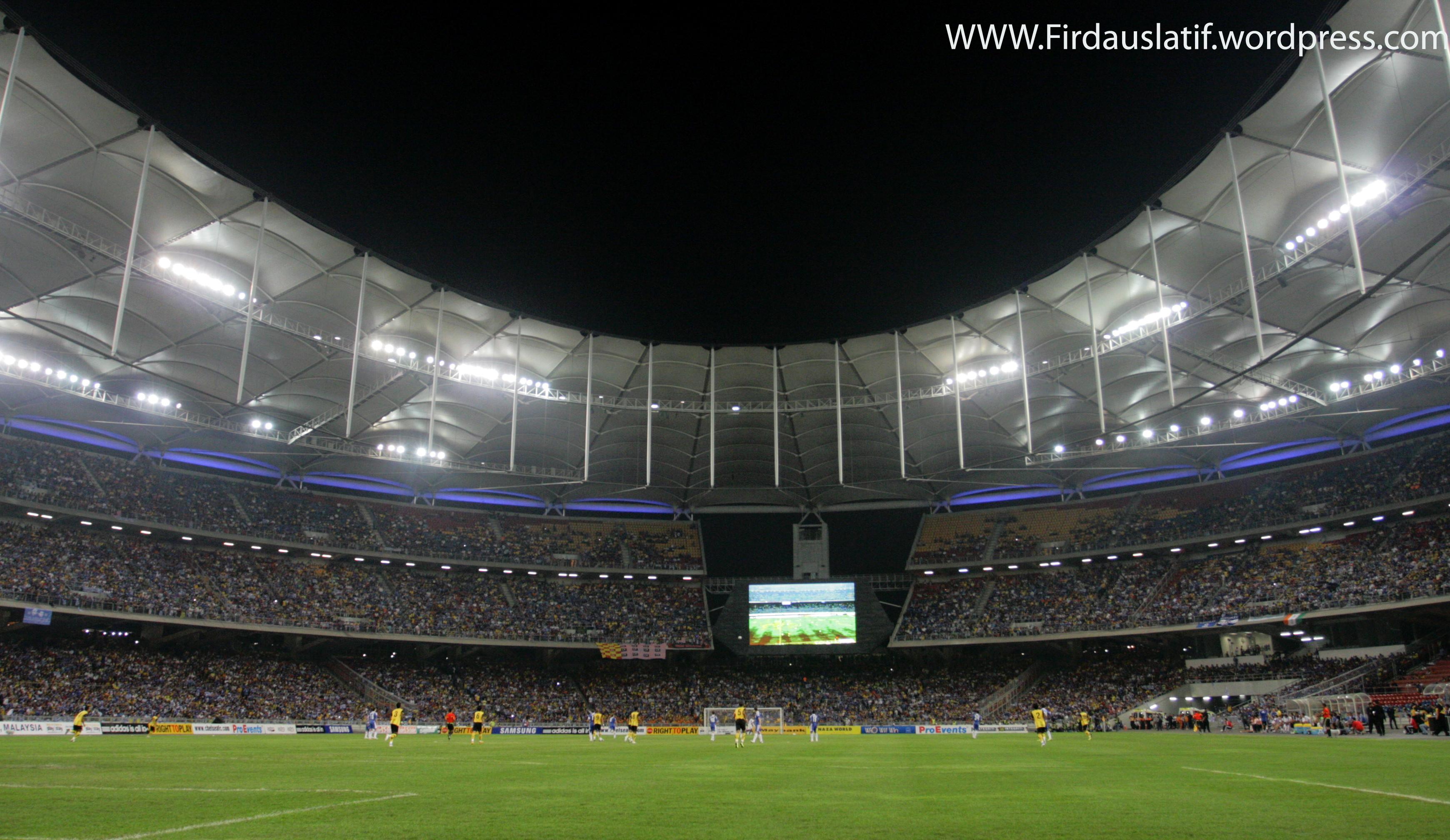 MALAYSIA VS CHELSEA 2011 (5969033243).jpg