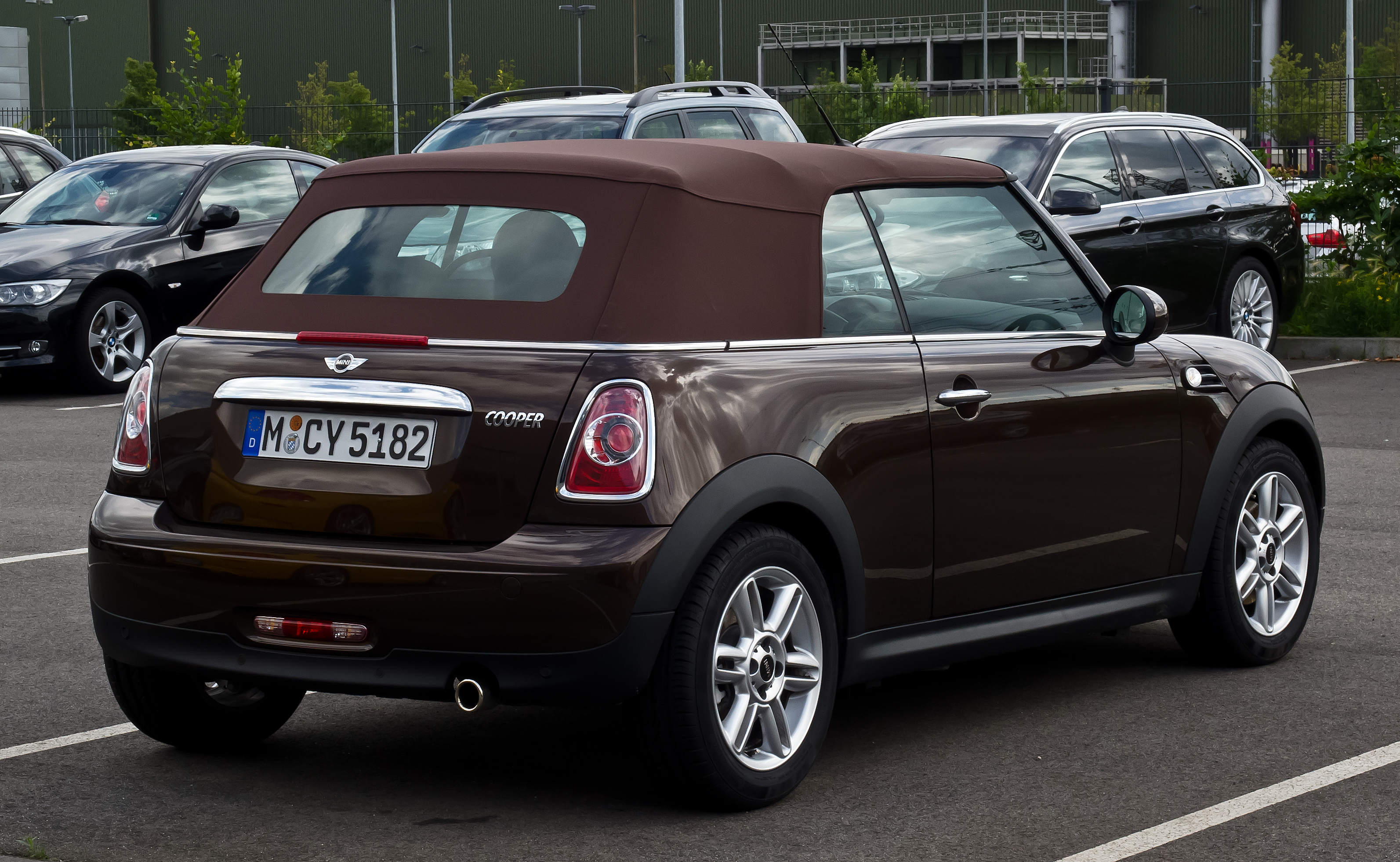 file mini cooper cabriolet r57 facelift heckansicht. Black Bedroom Furniture Sets. Home Design Ideas