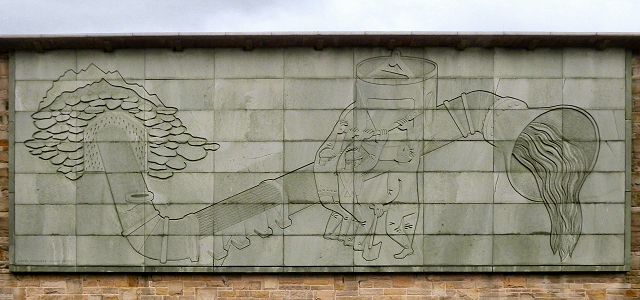 Bas relief by mitzi cunliffe on the wall of the for Bas relief mural
