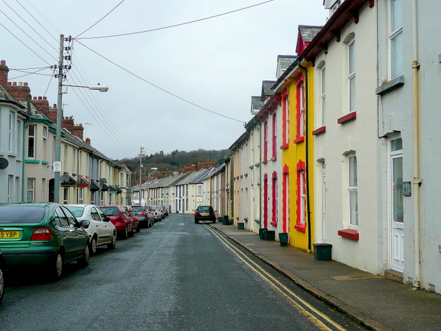 File:Northfield Road, Okehampton 2 - geograph.org.uk - 1691817.jpg