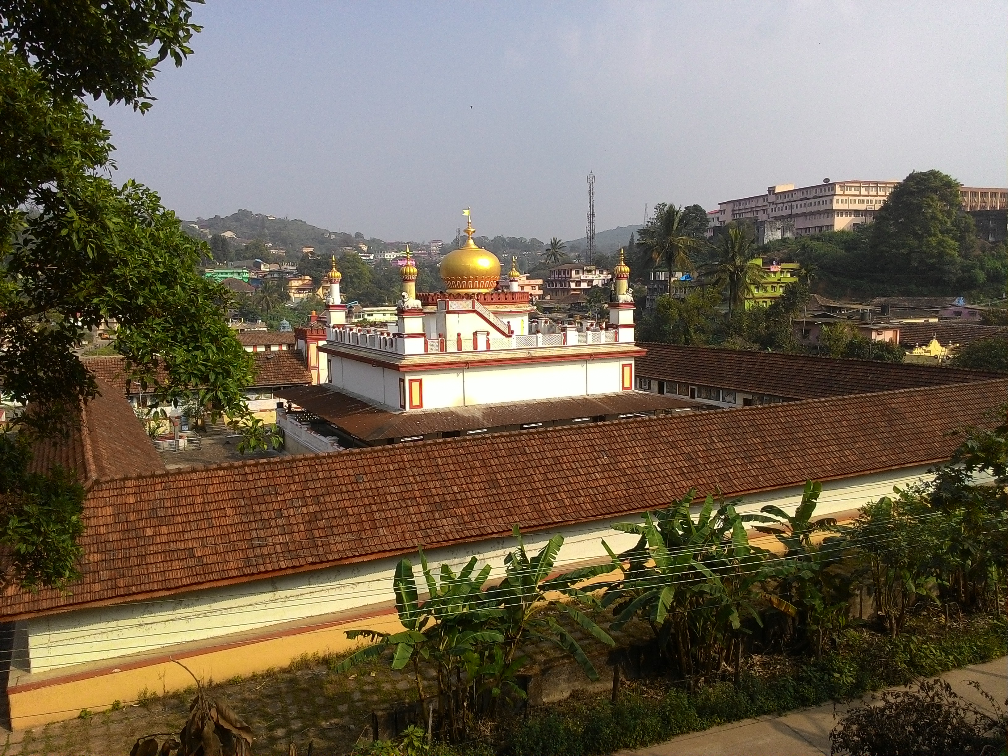 File:Places to visit in Coorg - Omkareshwara Temple jpg