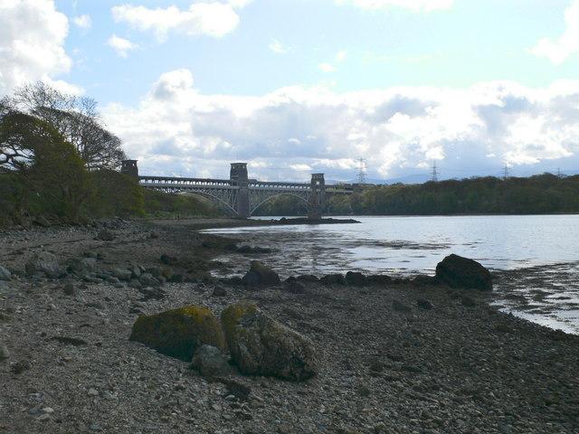 Pont Britannia - geograph.org.uk - 785663