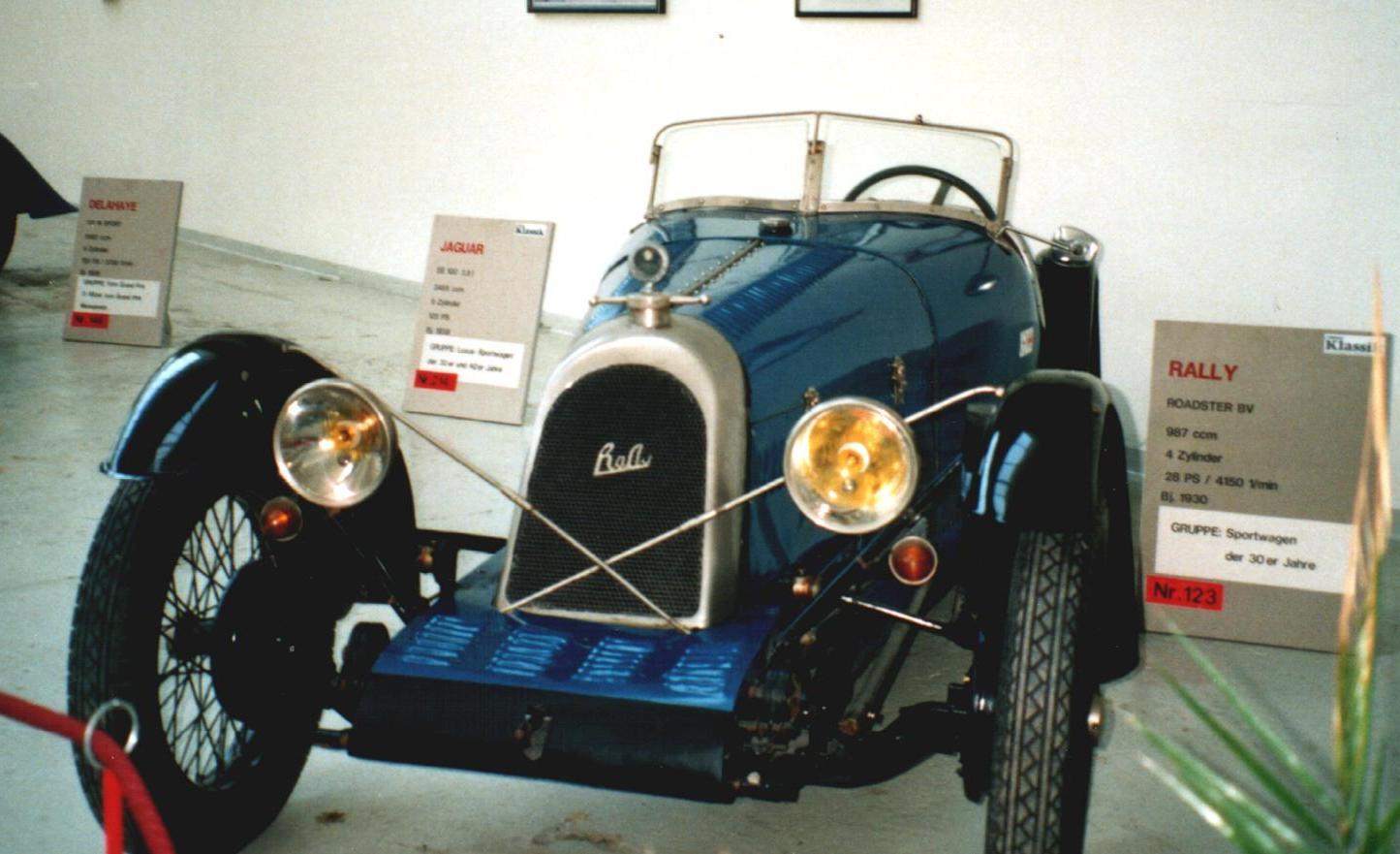File:Rally 1930.JPG - Wikipedia