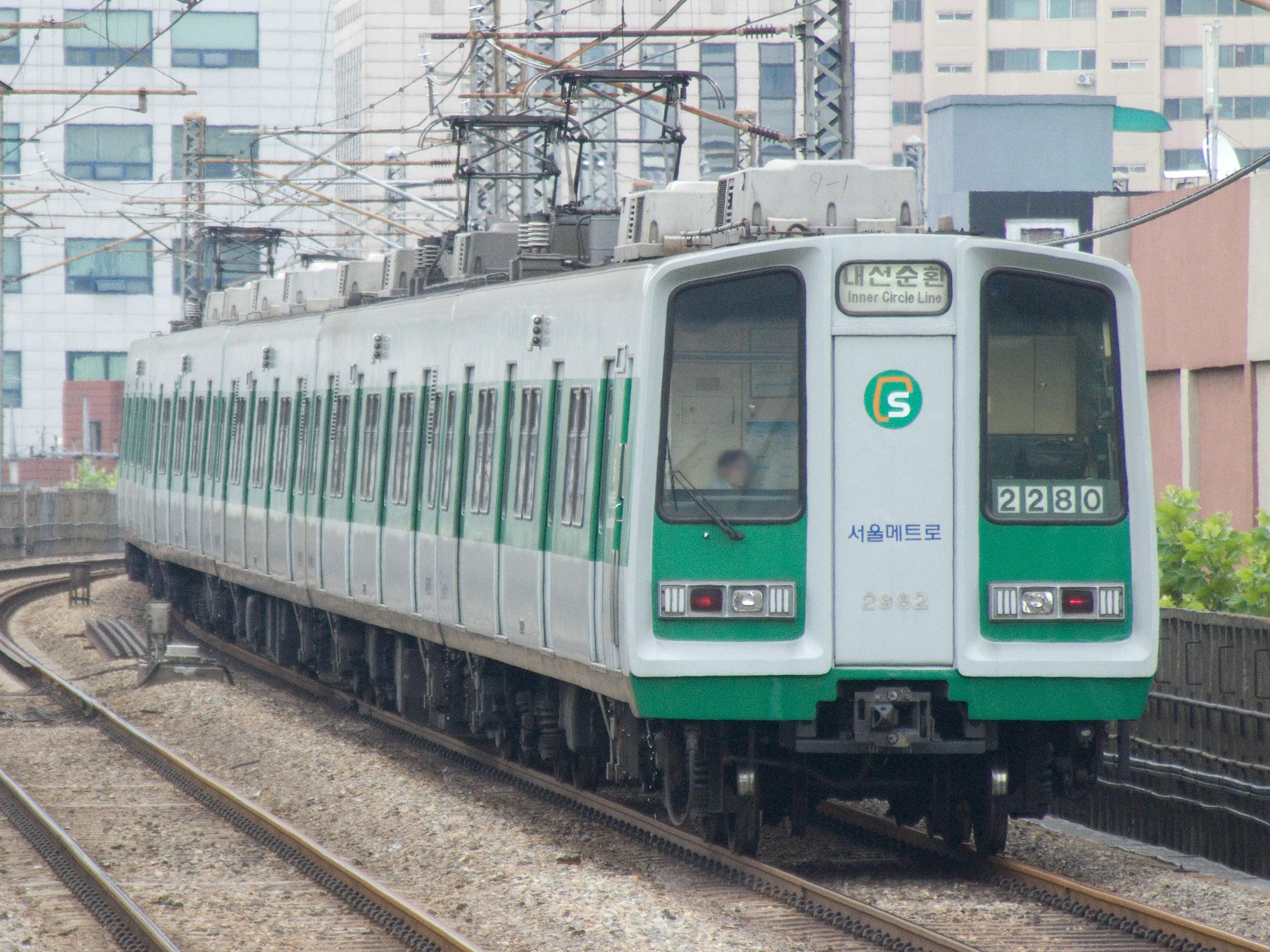 File:Seoul-Metro-2082-20070721.jpg