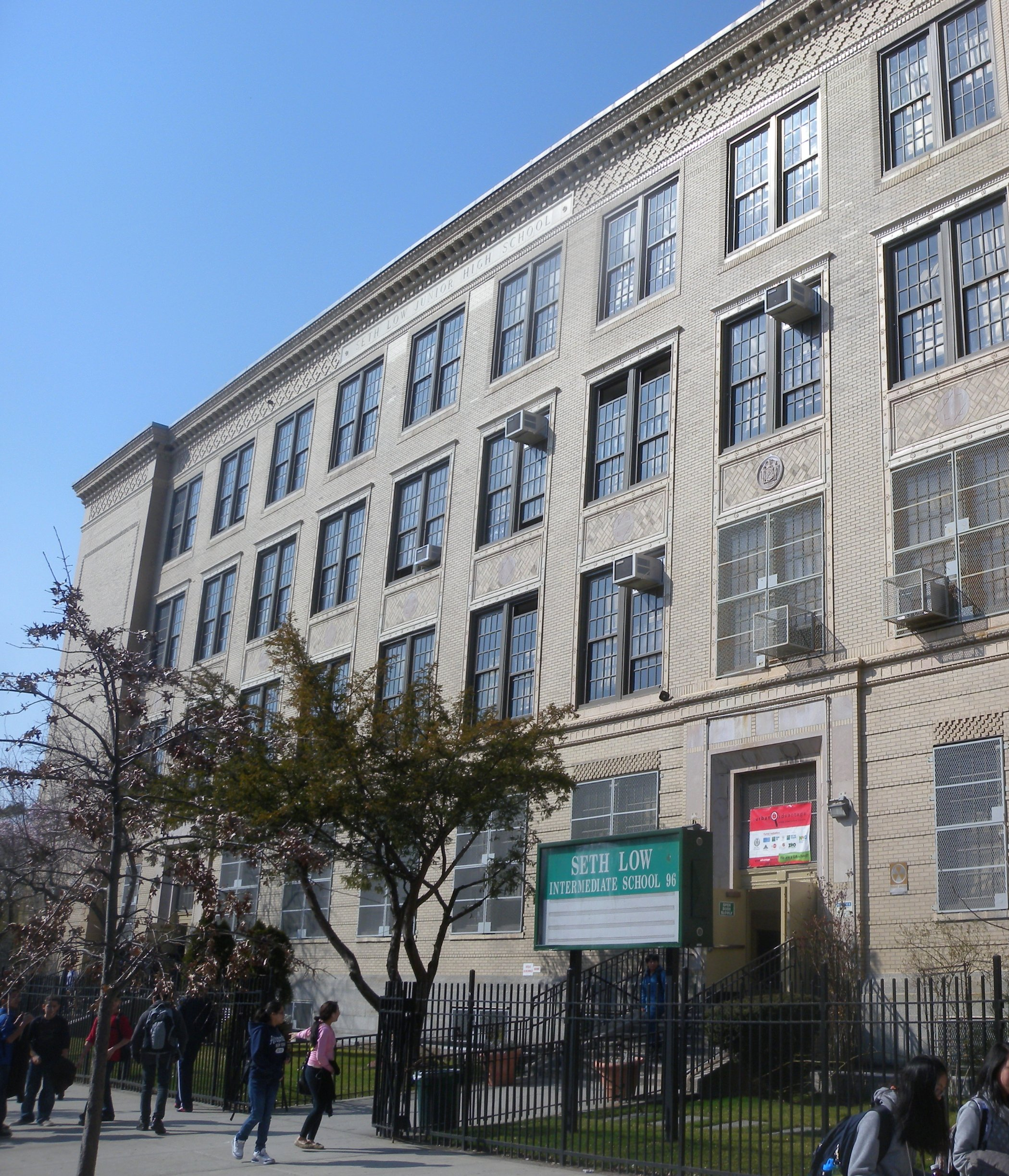 Charter School Co-Locations In Southern Brooklyn Draw