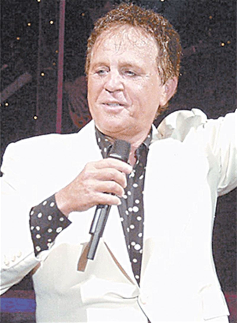 File:Singer-Bobby-Vinton-is-coming-to-the-Ritz.jpg - Wikimedia Commons