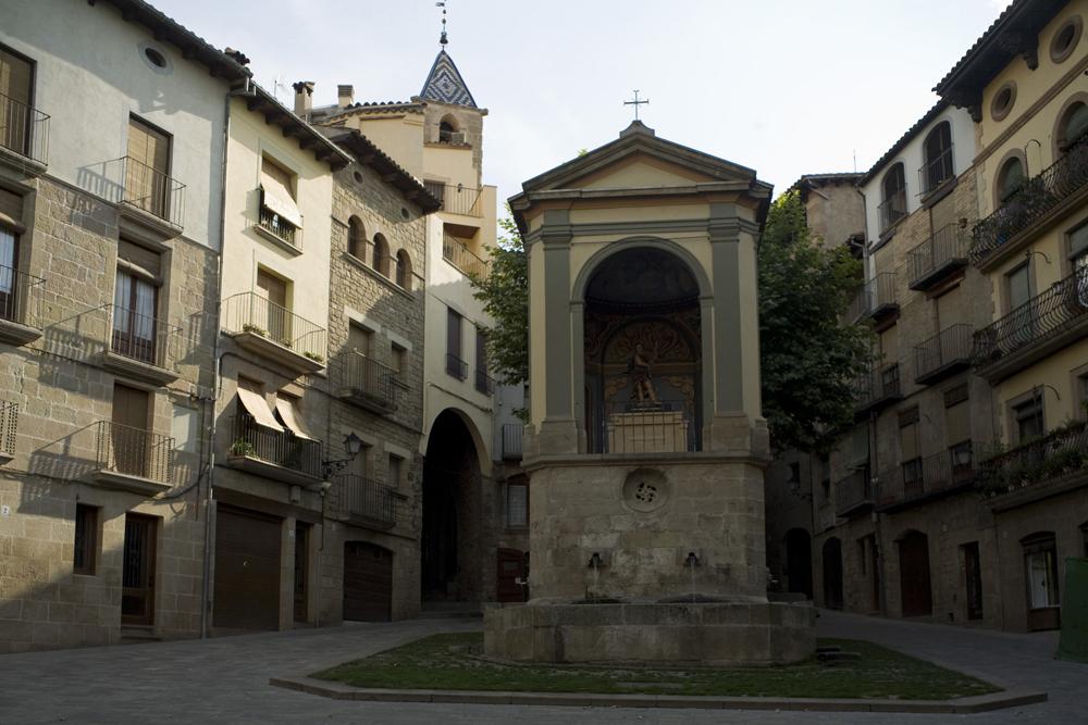 Solsona Spain  city photos gallery : Solsona, La plaça de Sant Joan PM 31525 Wikimedia Commons