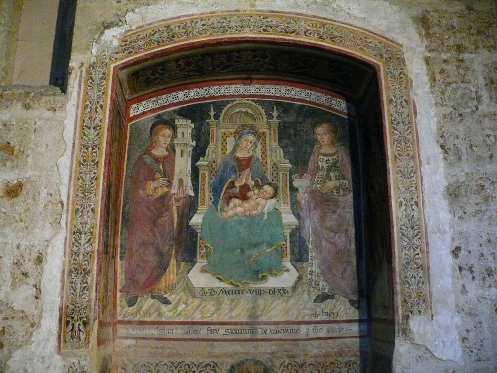 Sovana, Chiesa di Santa Maria Maggiore, affresco Madonna col bambino e santi (1508)
