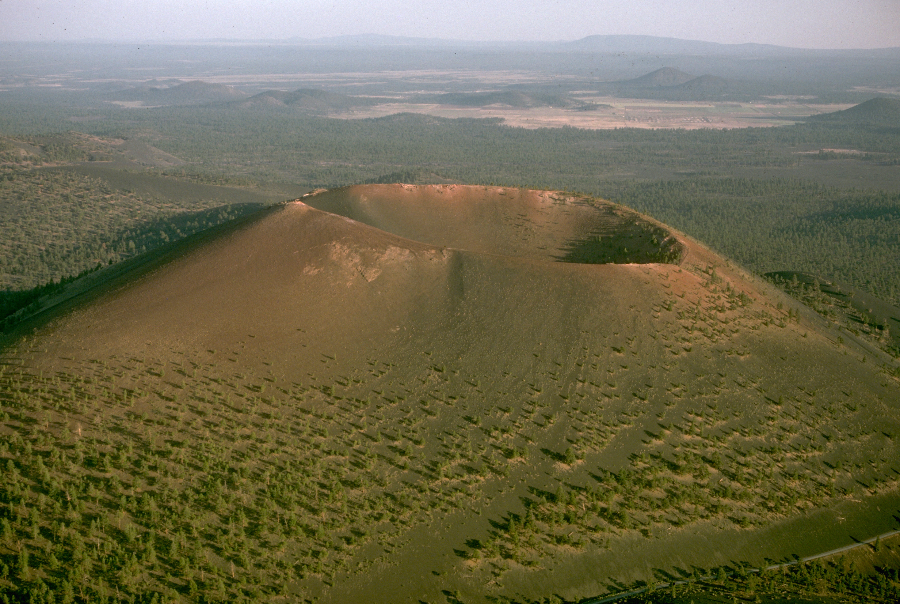 اخطر كوارث العالم Sunset_Crater10.jpg