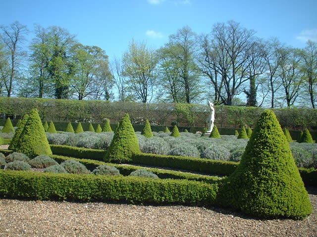 The Cherry Garden at Ham House - geograph.org.uk - 64383