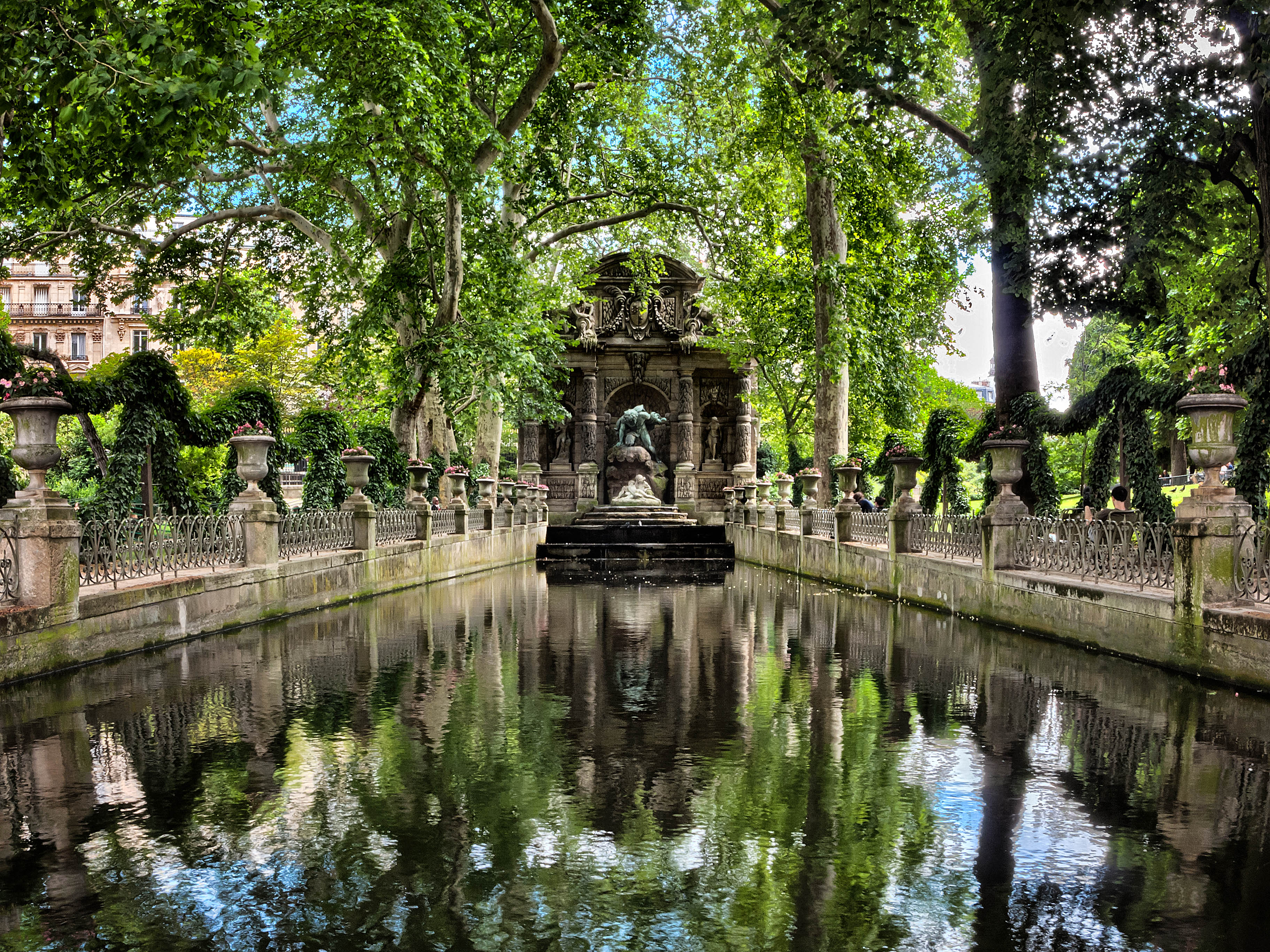 file the medici fountain paris july wikimedia commons. Black Bedroom Furniture Sets. Home Design Ideas