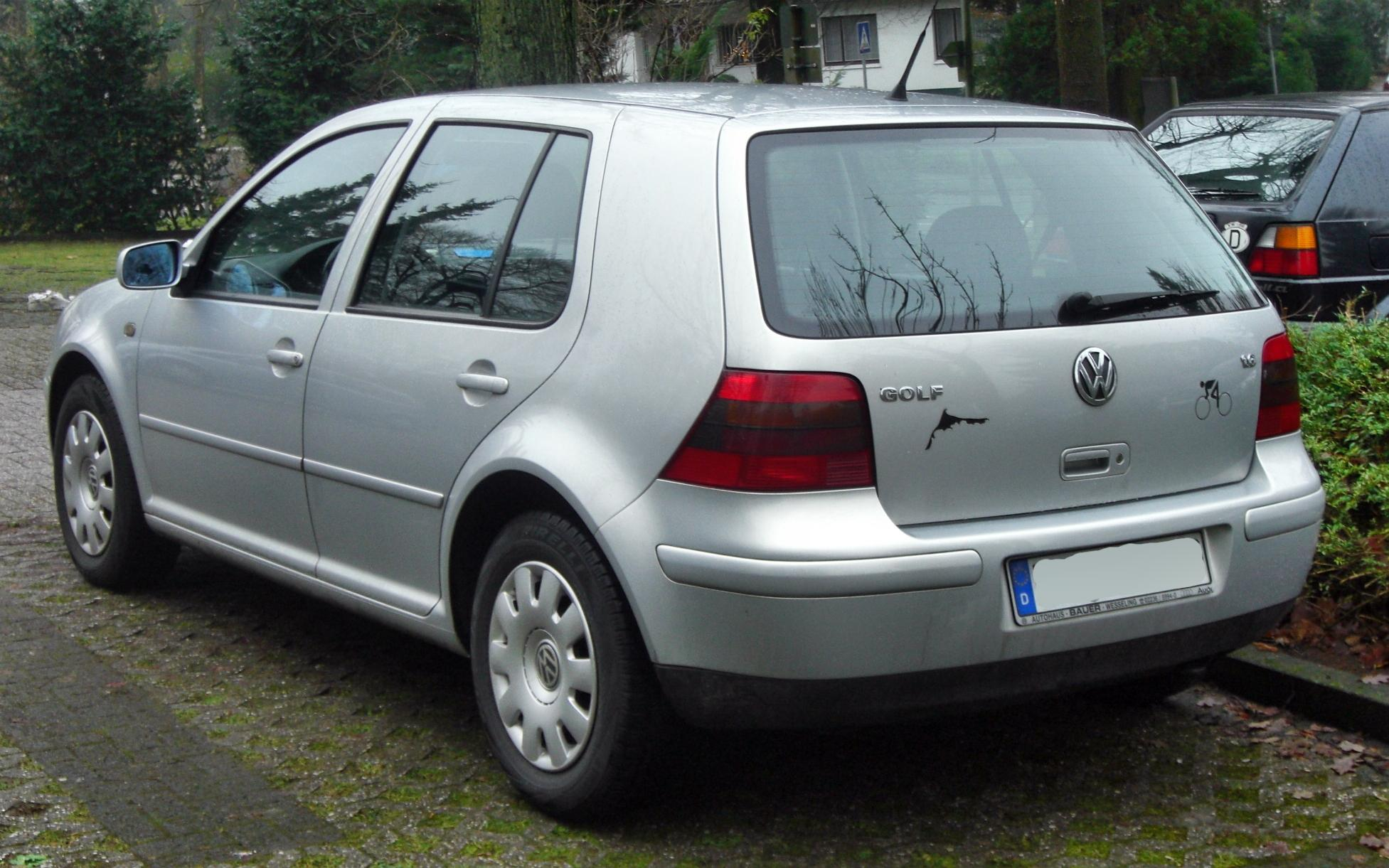 Datoteka vw golf iv 1 6 1997 2003 rear mj jpg wikipedia - Entraxe golf 4 ...