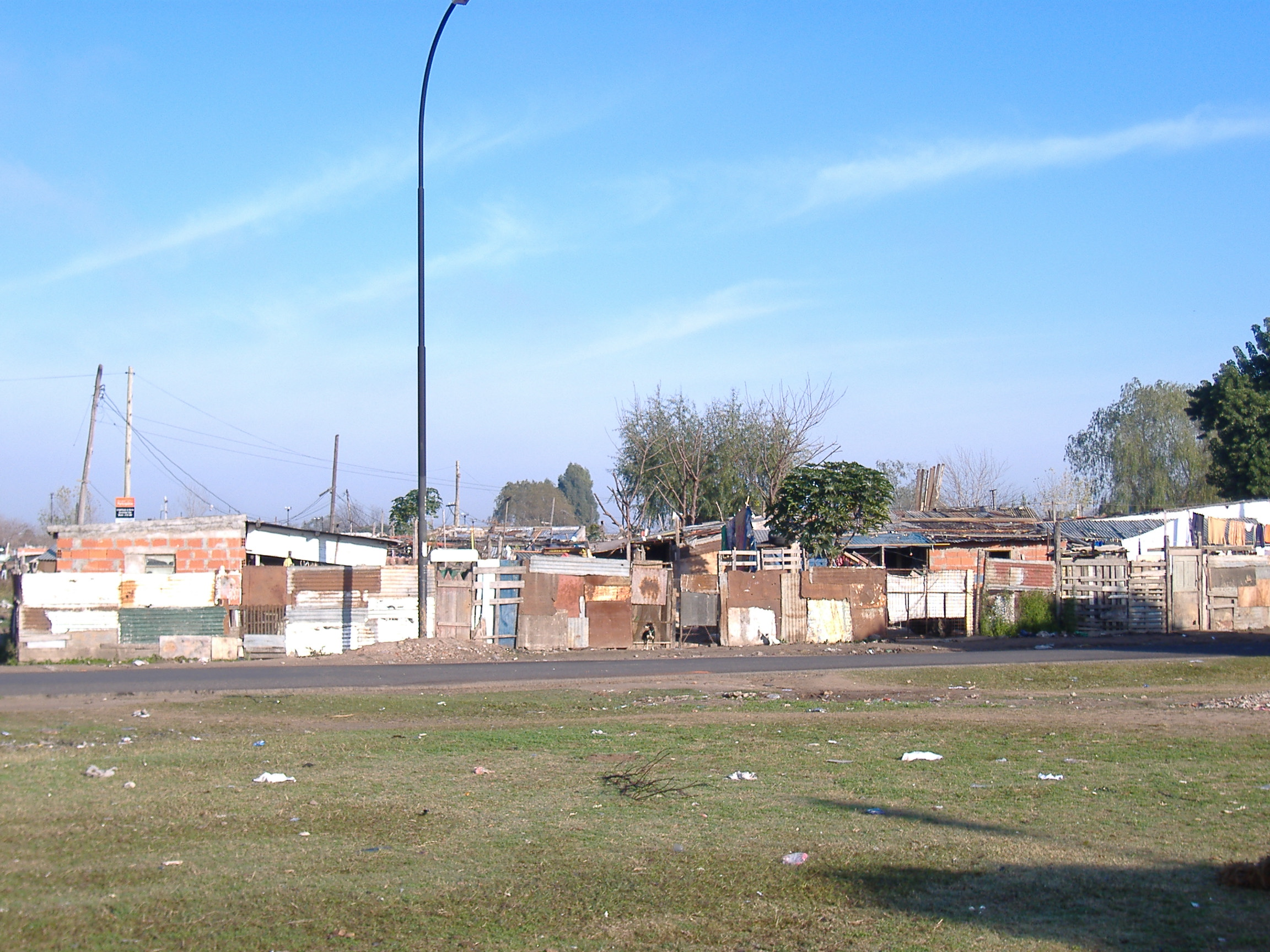 Villa miseria wikiwand for Villas miserias en argentina