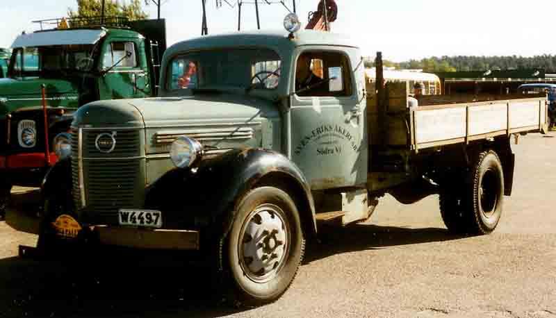 Volvo_LV_127_Truck_1943.jpg