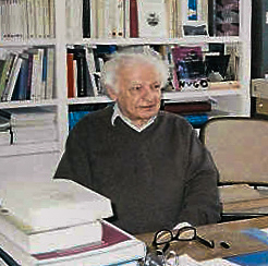 English: Yves Bonnefoy on 2004. Français : Yve...