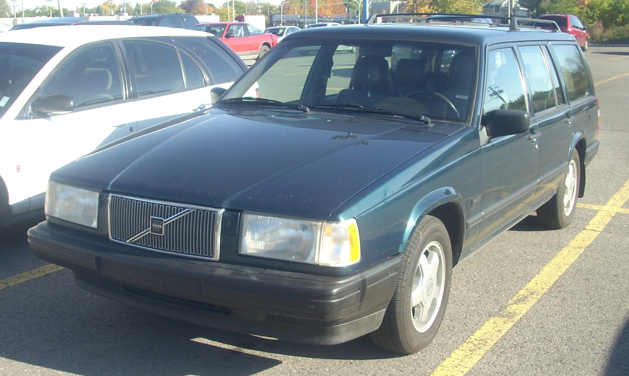 File:'92-'93 Volvo 940 Wagon (Front).JPG - Wikimedia Commons