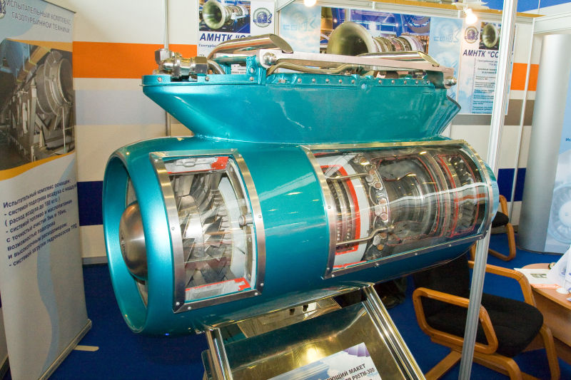 Короткоресурсный двухконтурный турбореактивный двигатель