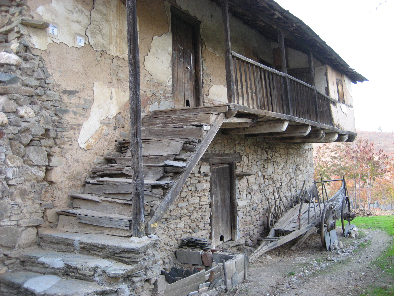 File arquitectura tradicional wikimedia commons - Casa tipica gallega ...