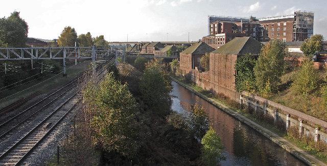 Birmingham Canal. - geograph.org.uk - 107930