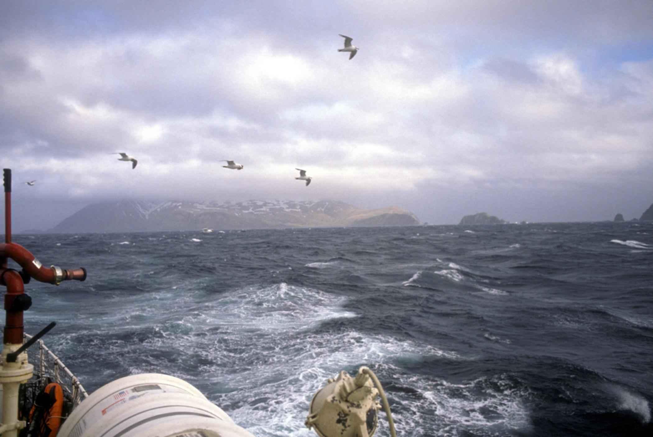 File:Boat In Storm At Sea.jpg