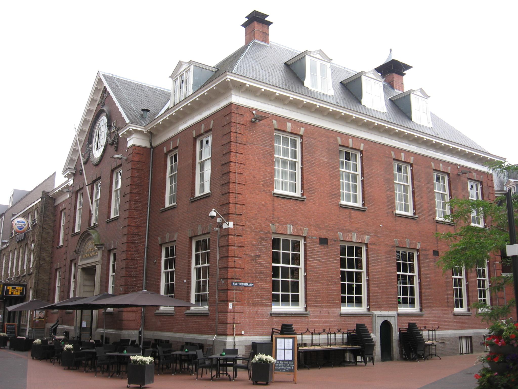 Kantoorgebouw Coöperatieve Centrale Boerenleenbank