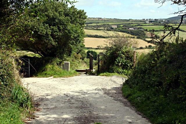 Bridleway near Carn Entral - geograph.org.uk - 535849