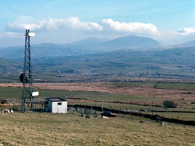 Delwedd:Bwlch Mawr transmission mast - geograph.org.uk - 193777.jpg