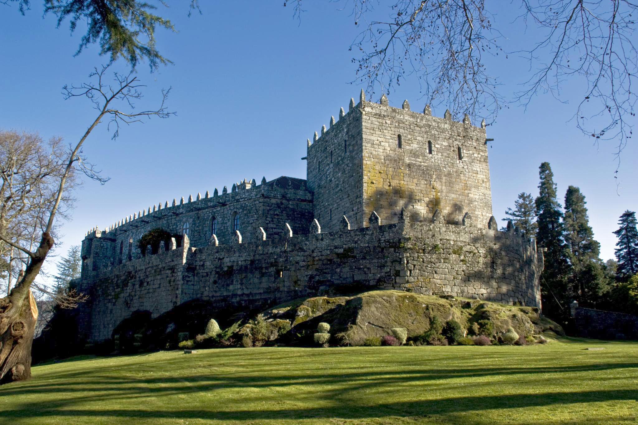 Archivo:Castelo de Soutomaior, San Salvador de Soutomaior.jpg ...