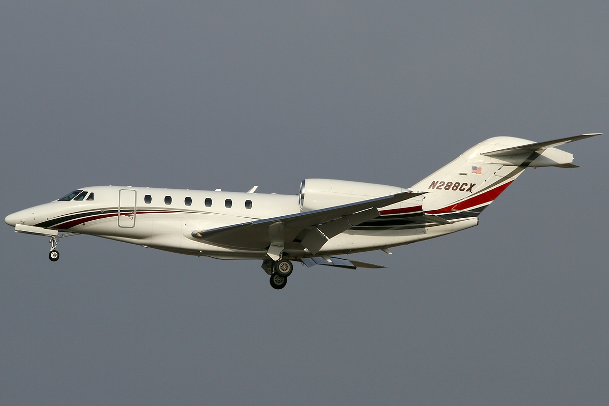 fastest helicopter with Cessna Citation X on 11678 Silver Fast Yacht De Luxe additionally Cessna Citation X in addition File Su 27 low pass further RAH 66  anche 207154284 as well Nio Ep9 Fastest Electric Car.