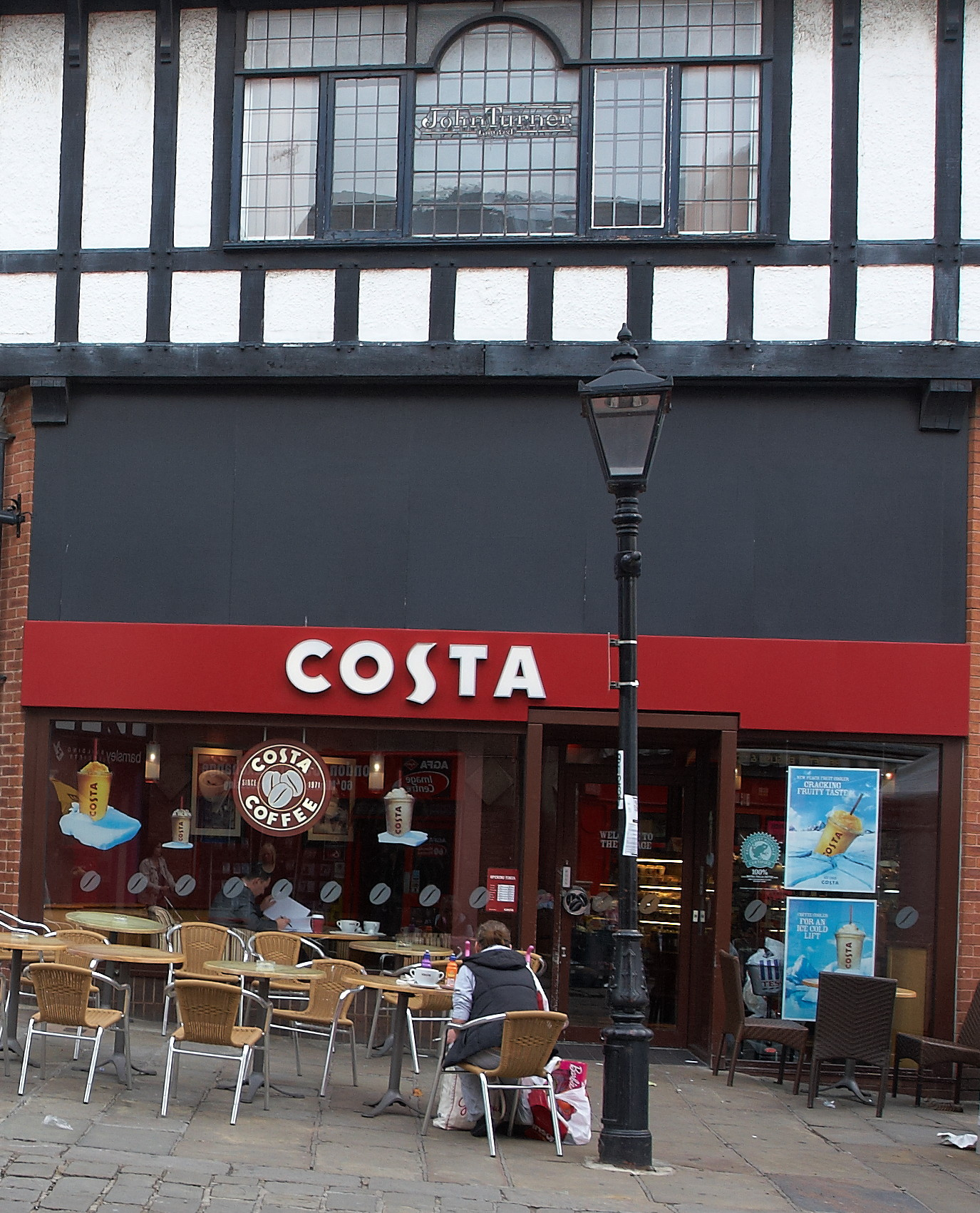 Costa_Coffee_%2C_Chesterfield.jpg?profile=RESIZE_710x