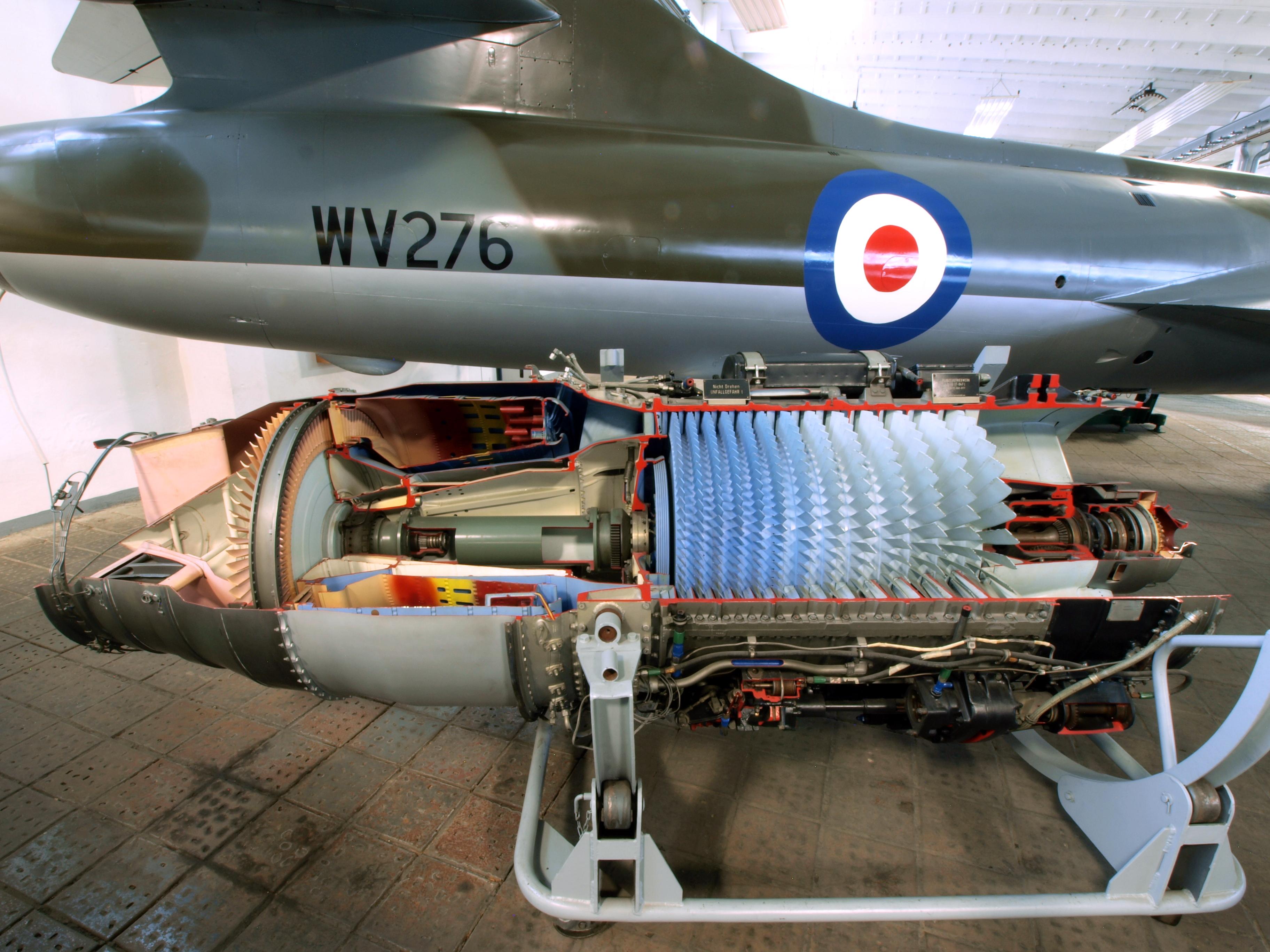 File Cut away of a jet engine JPG Wikimedia mons
