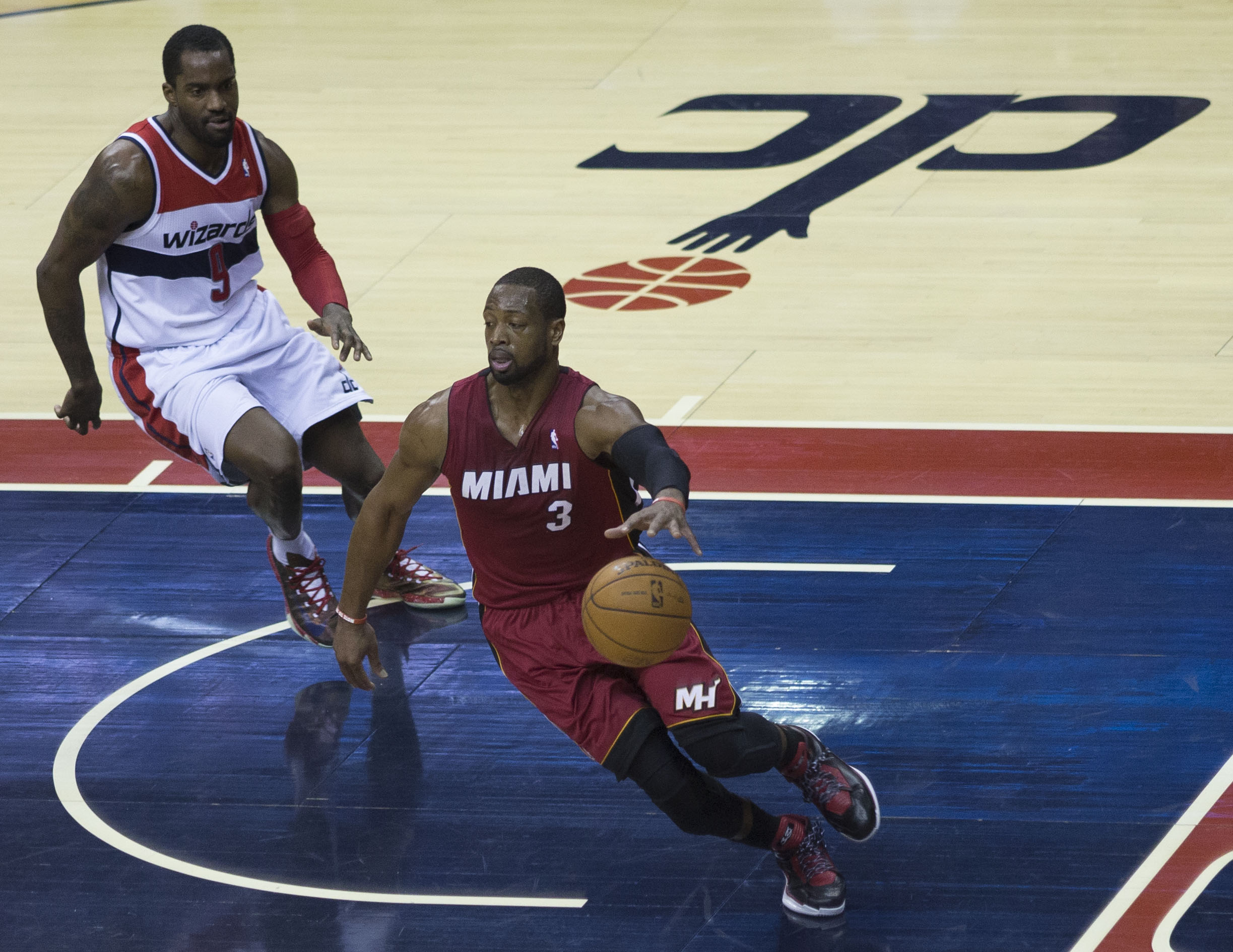 file dwyane wade martell webster jpg wikimedia commons