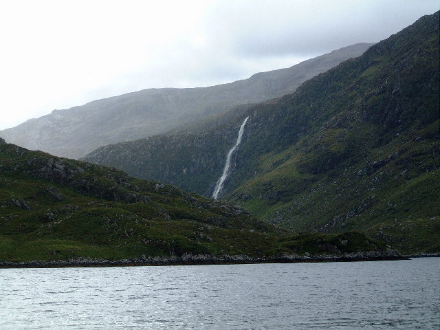 Eas a Chual Aluinn from Loch Beag - geograph.org.uk - 29980.jpg