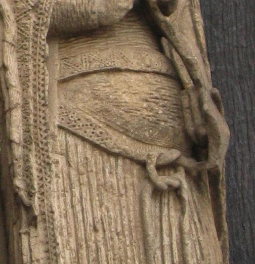 Datei:Esculturas de Chartres 3 detail cincture.jpg