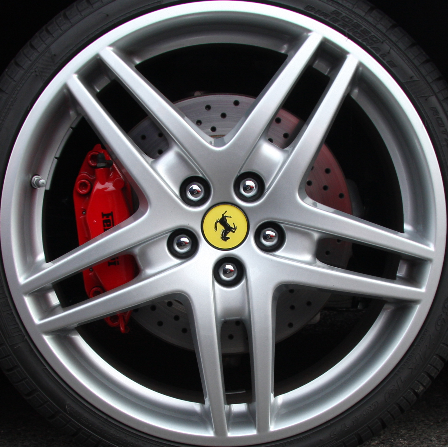 File Ferrari F430 Scuderia Wheel Jpg: File:Ferrari F430 Wheel