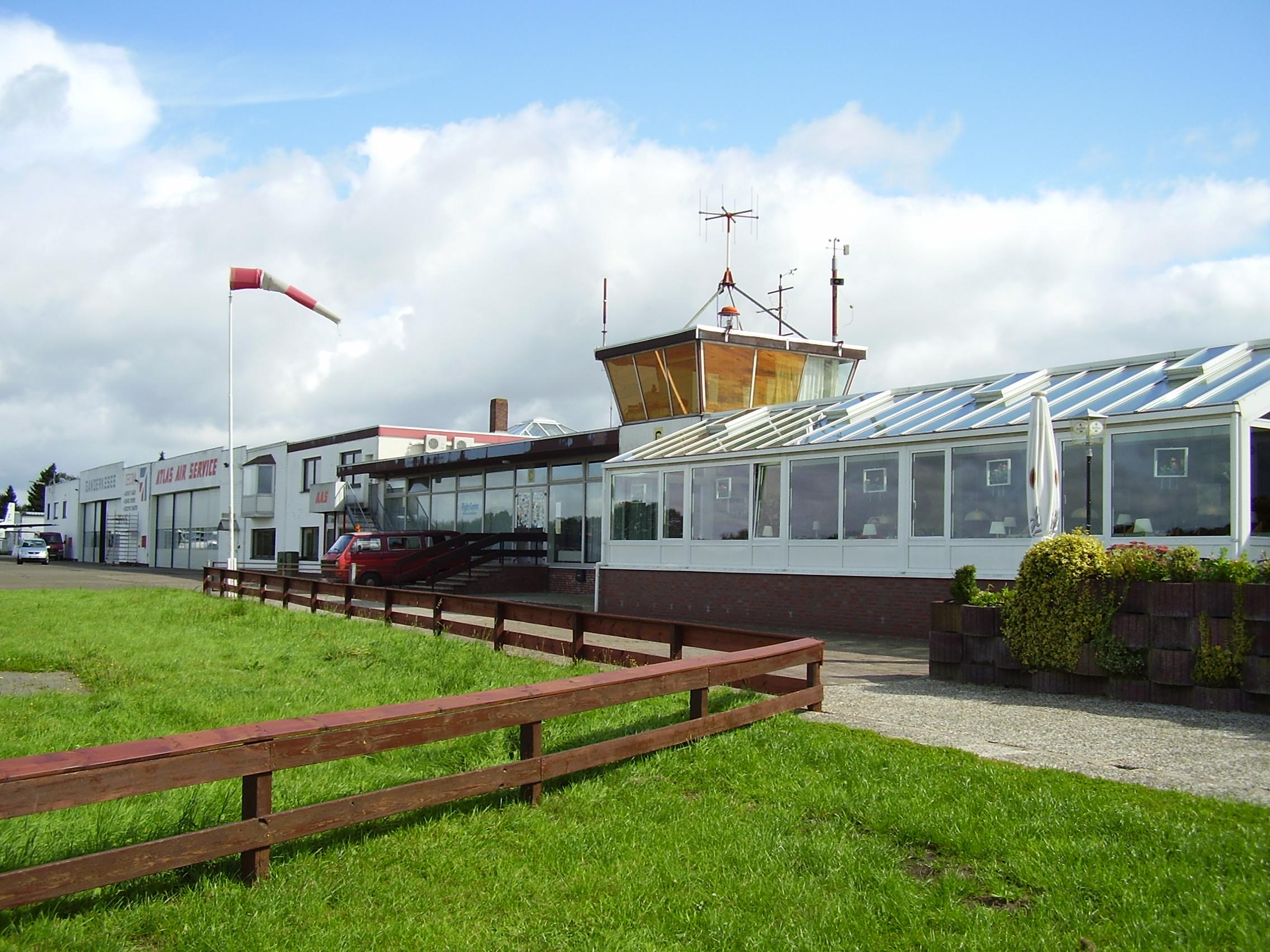 Informationen zum flugplatz ganderkesee atlas airfield for Airfield hotel ganderkesee