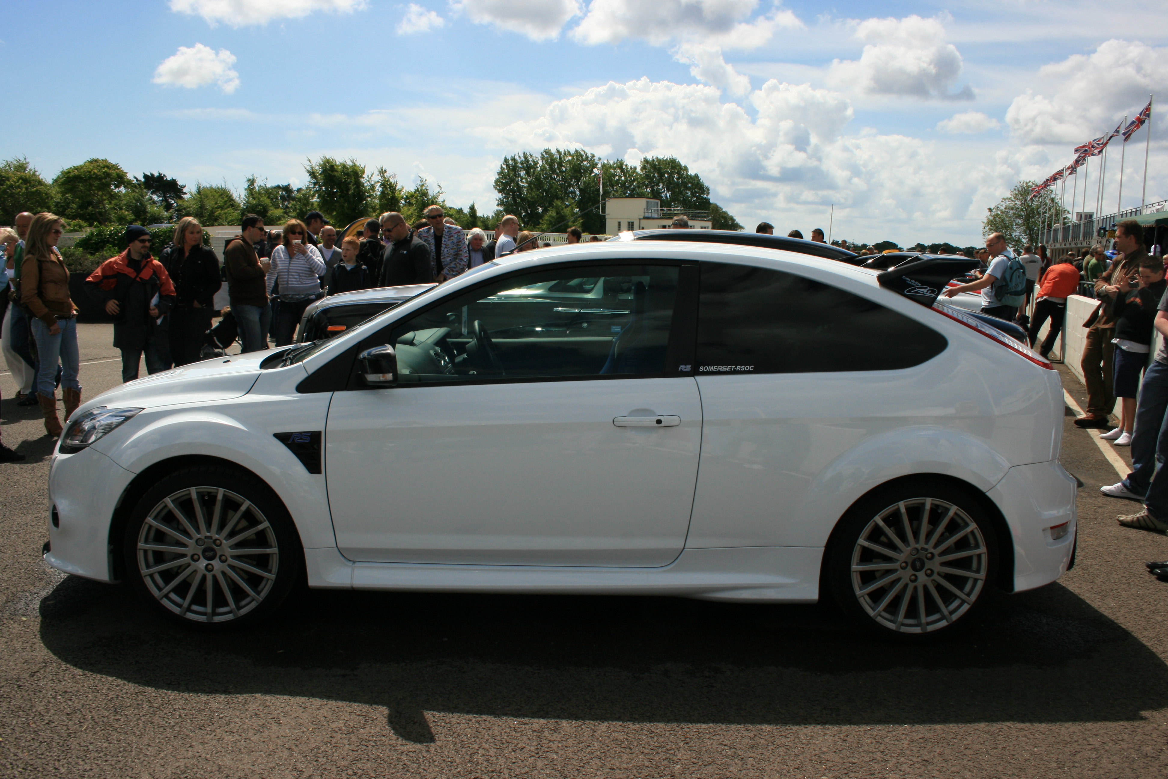 Ford Focus Wikipedia File:Ford Focus RS - Flickr - Supermac1961 (1).jpg ...