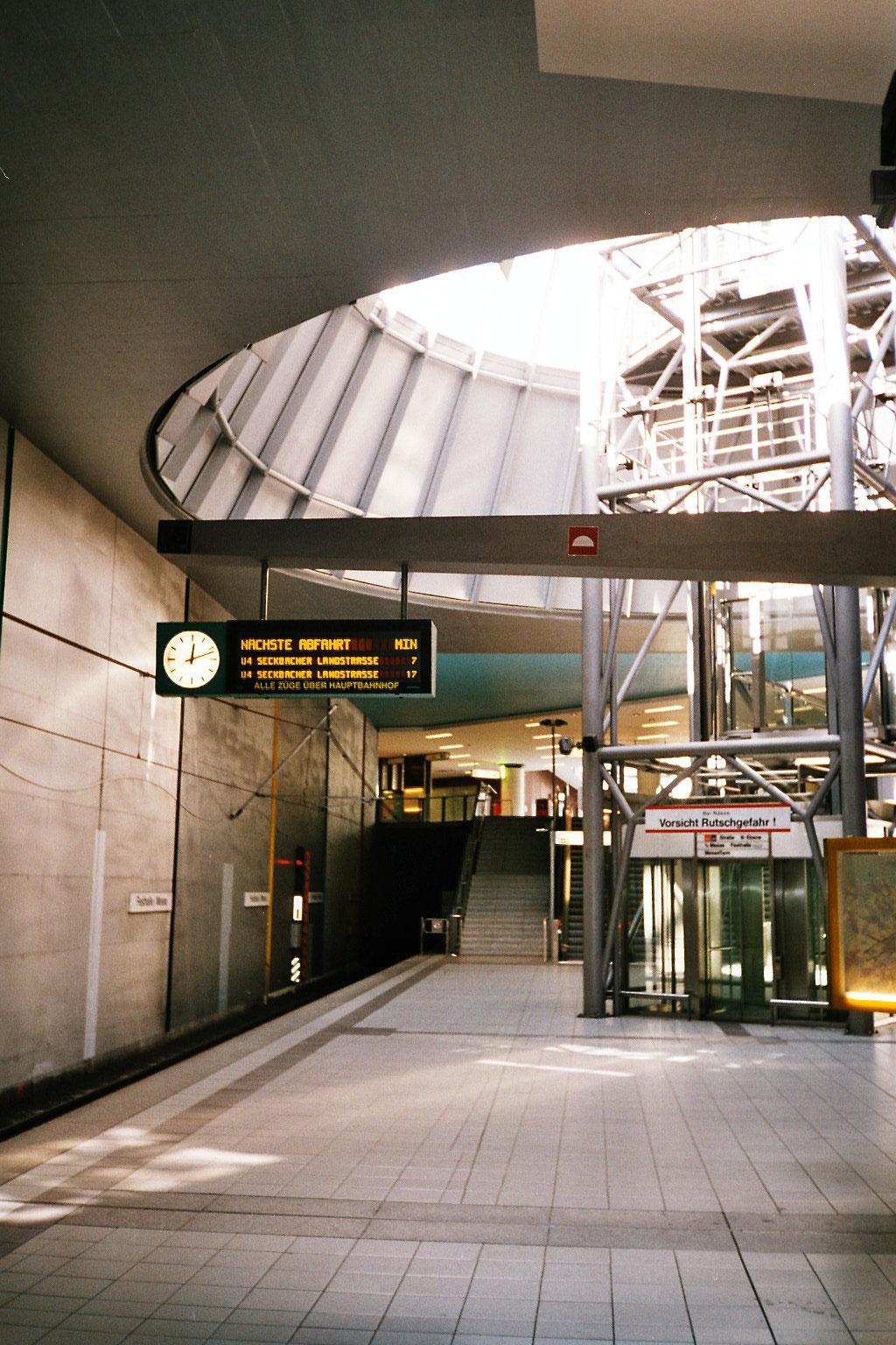 U-bahn Frankfurt Frankfurt U-bahn German