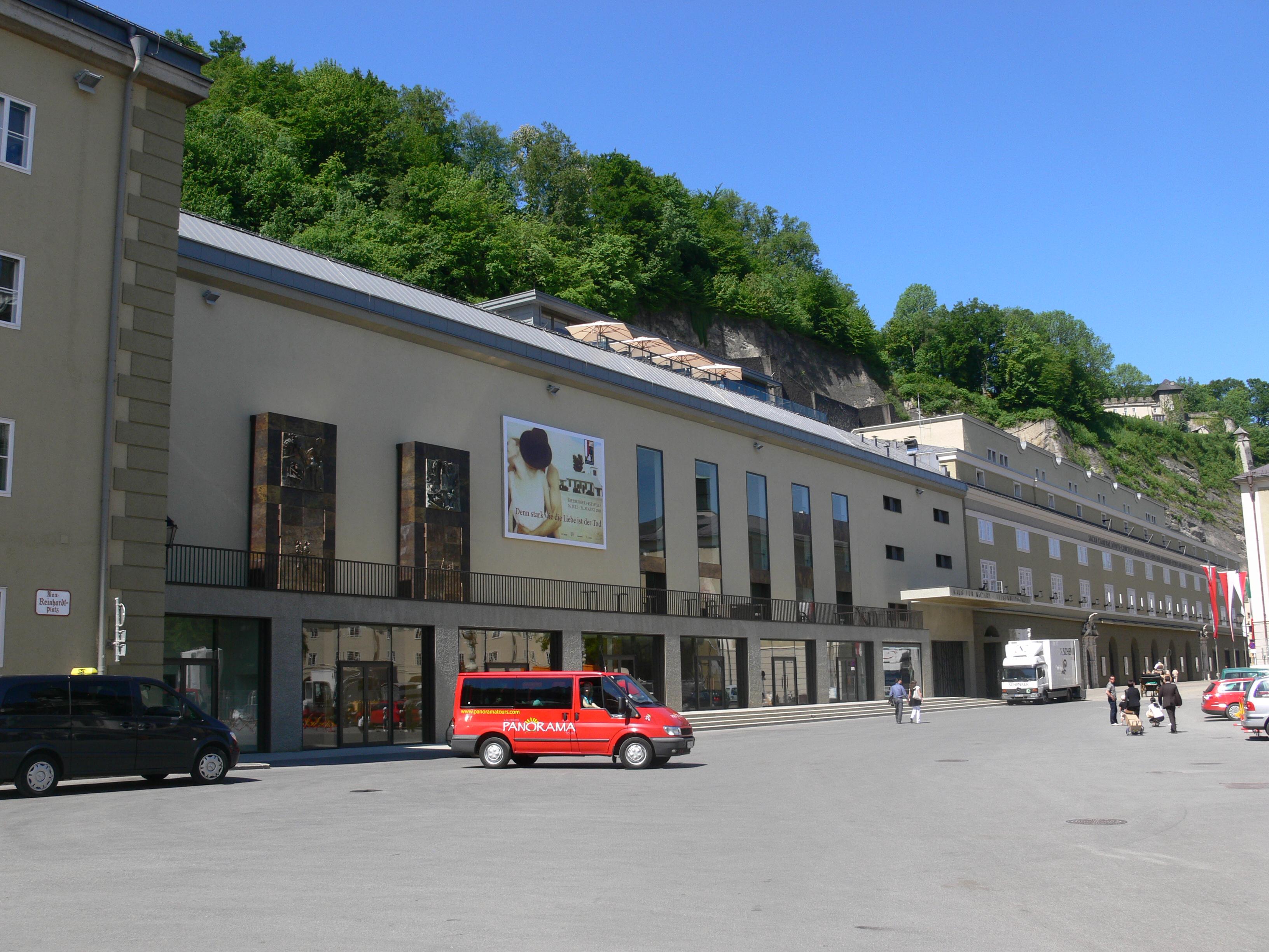 File:Haus für Mozart außen 4.jpg - Wikimedia Commons