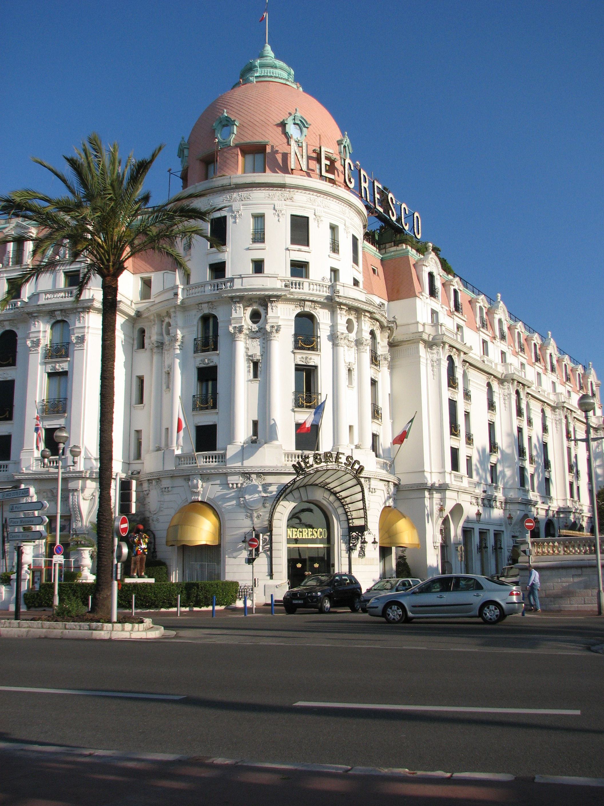 Www Hotel Negresco In
