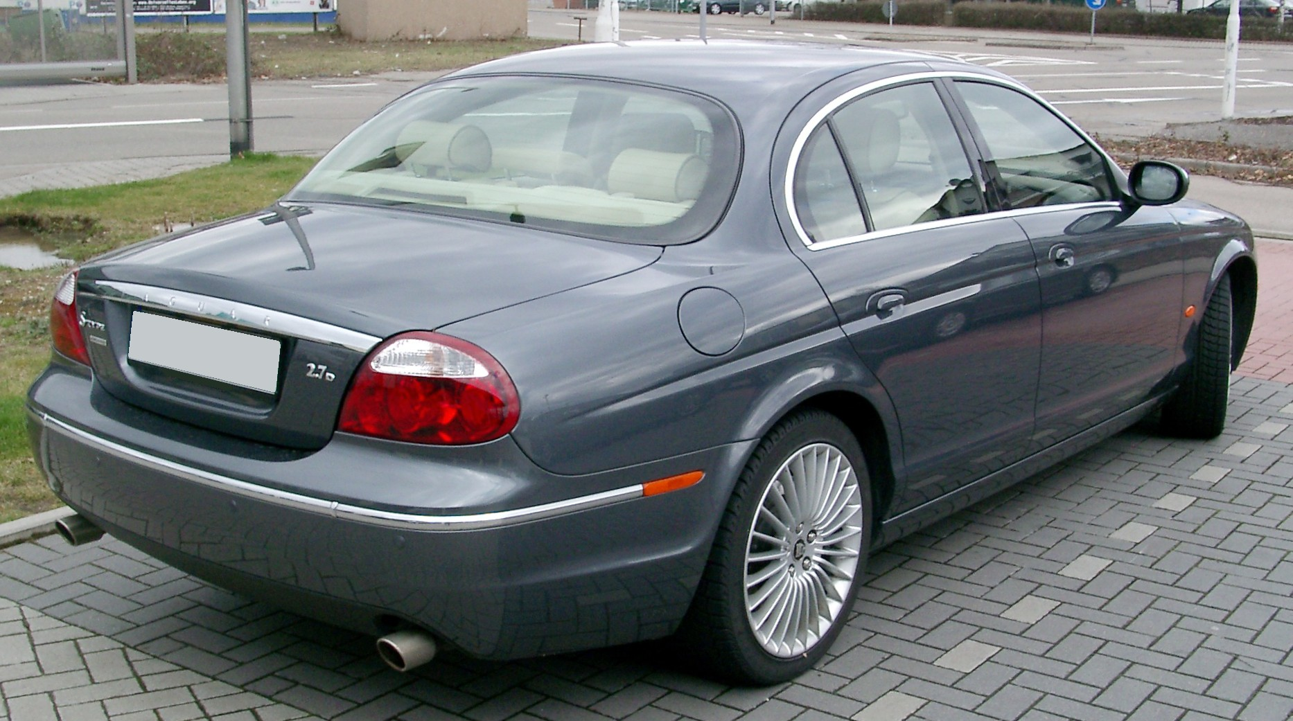 File:Jaguar S Type Rear 20080301