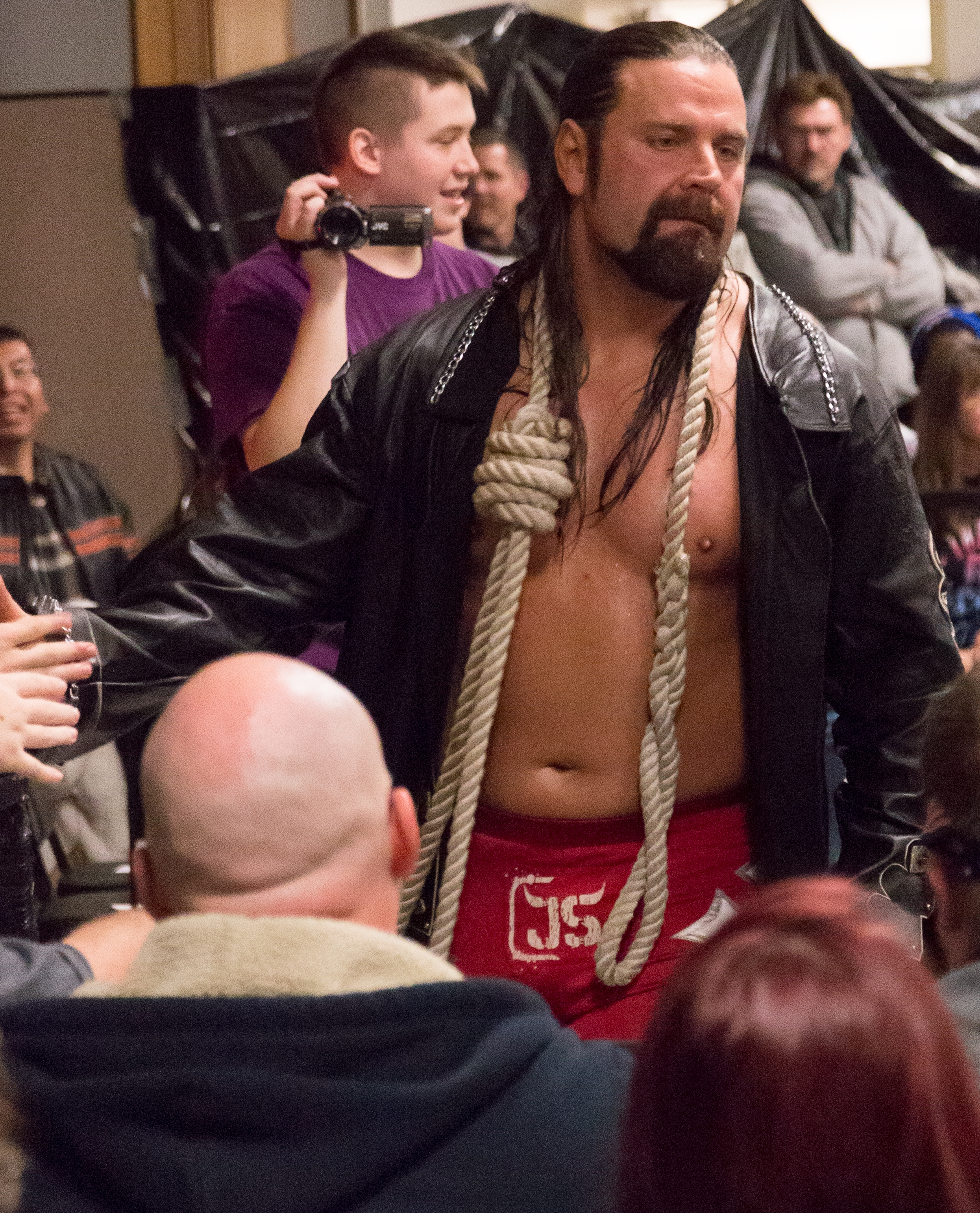The 41-year old son of father (?) and mother(?) James Storm in 2018 photo. James Storm earned a  million dollar salary - leaving the net worth at 5 million in 2018