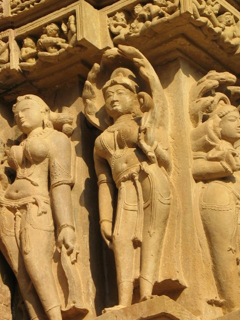 Khajuraho Female Figurine , Sur Sundri apsara.jpg