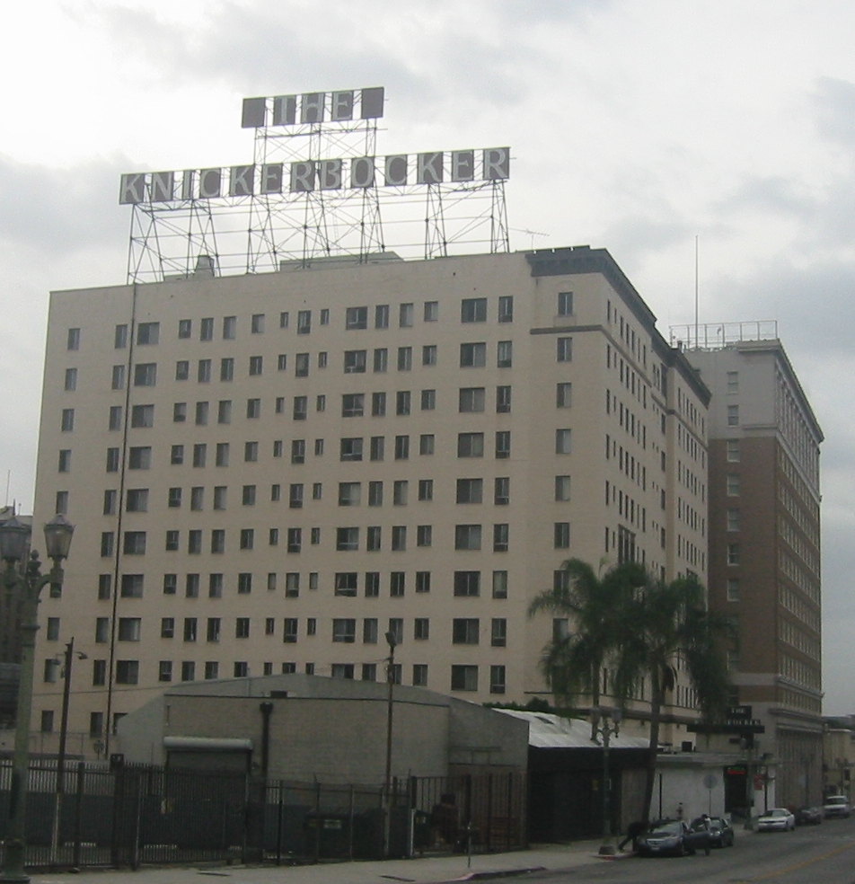 Knickerbocker hotel los angeles wikipedia for Haunted hotels in los angeles ca