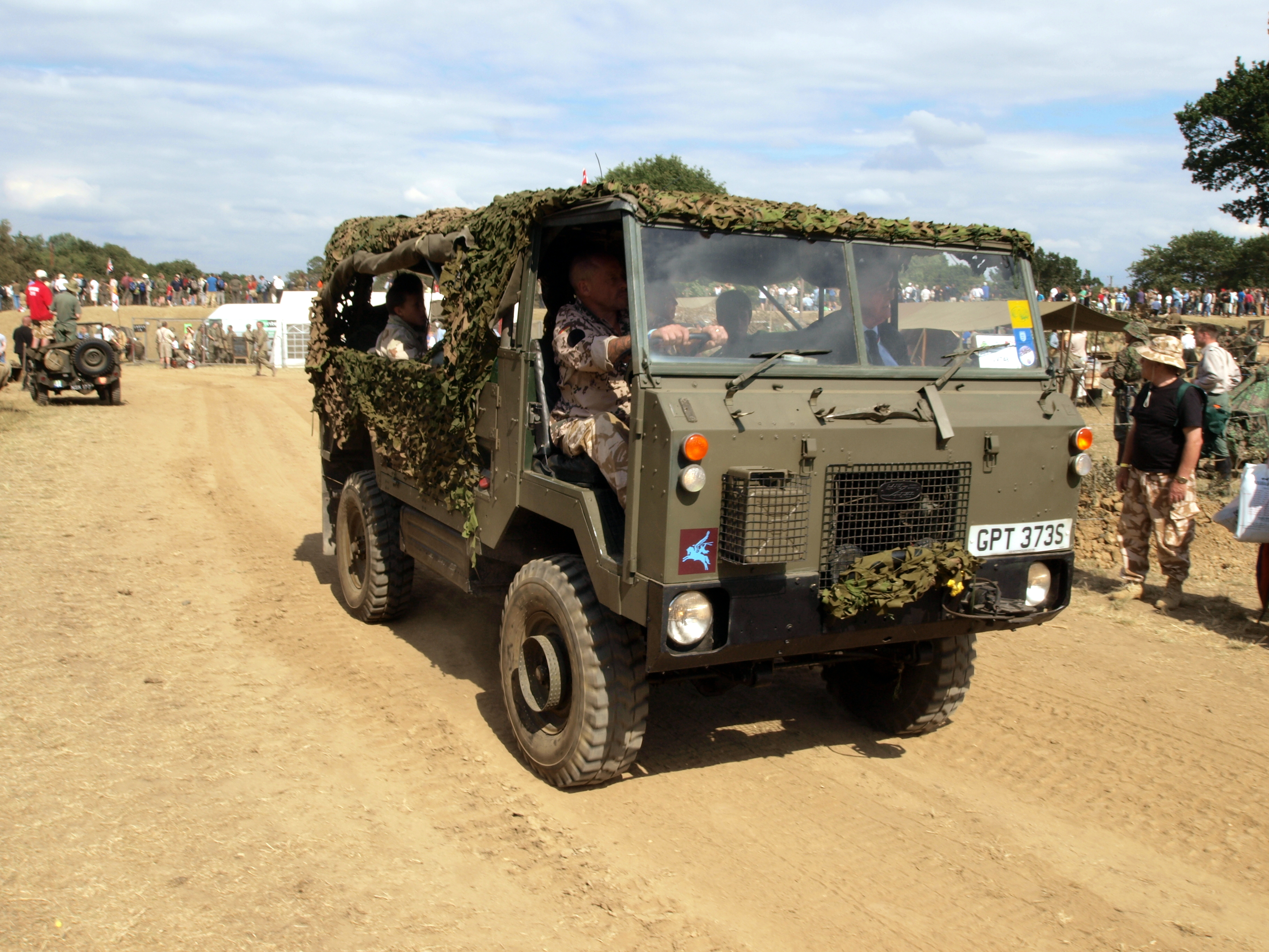 File Land Rover itonne GS Truck pic2 JPG Wikimedia mons