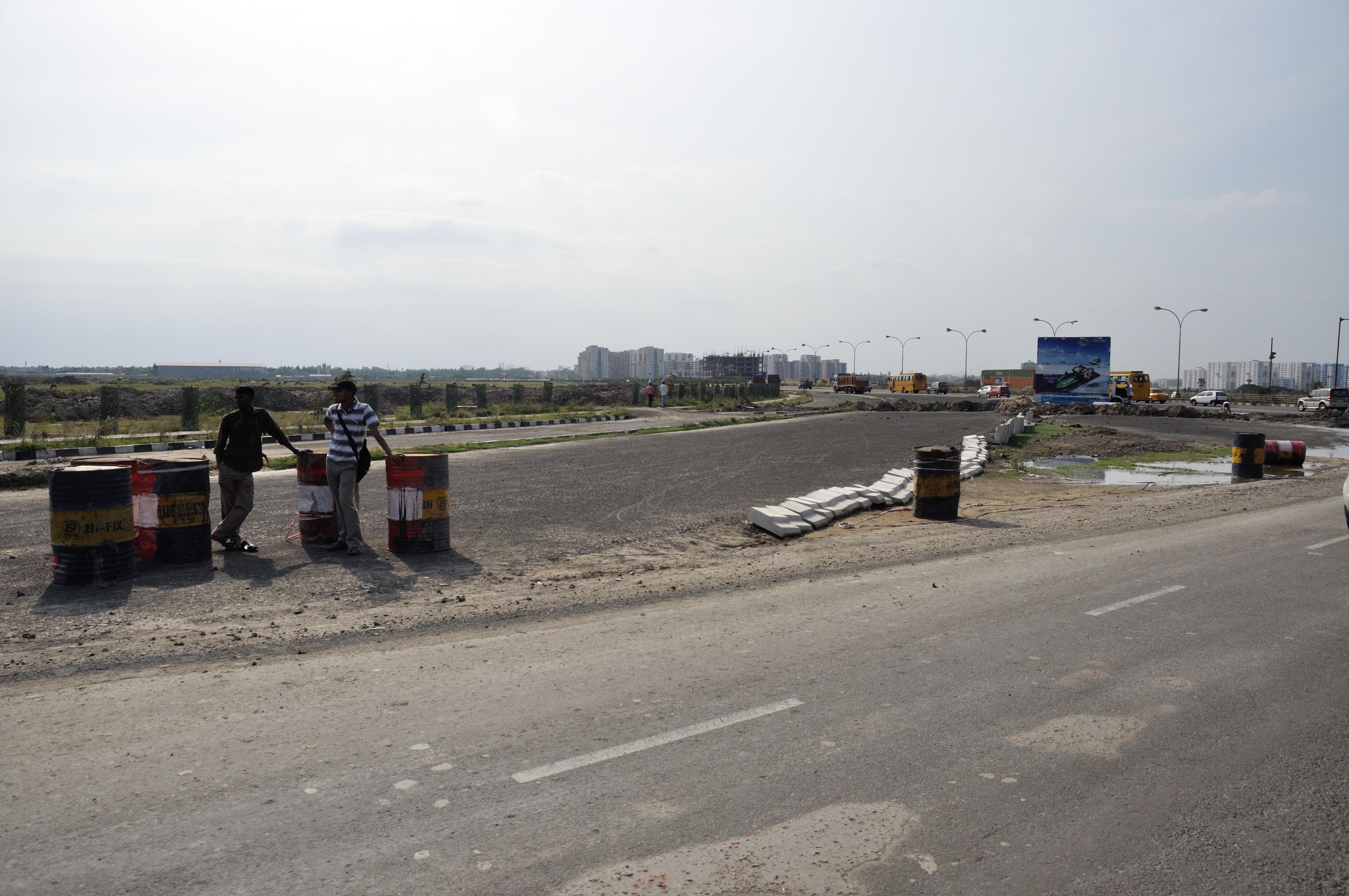 Major Arterial Road & Major Arterial Road North Extension Junction - Rajarhat - North 24 Parganas - 2012-04-11 9416.JPG