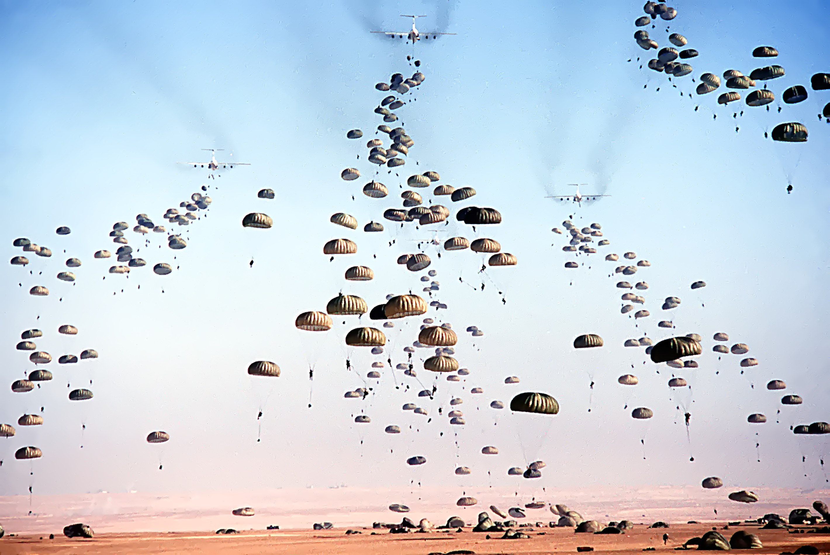 [Image: Mass_drop_paratroopers_Bright_Star_1981.jpg]