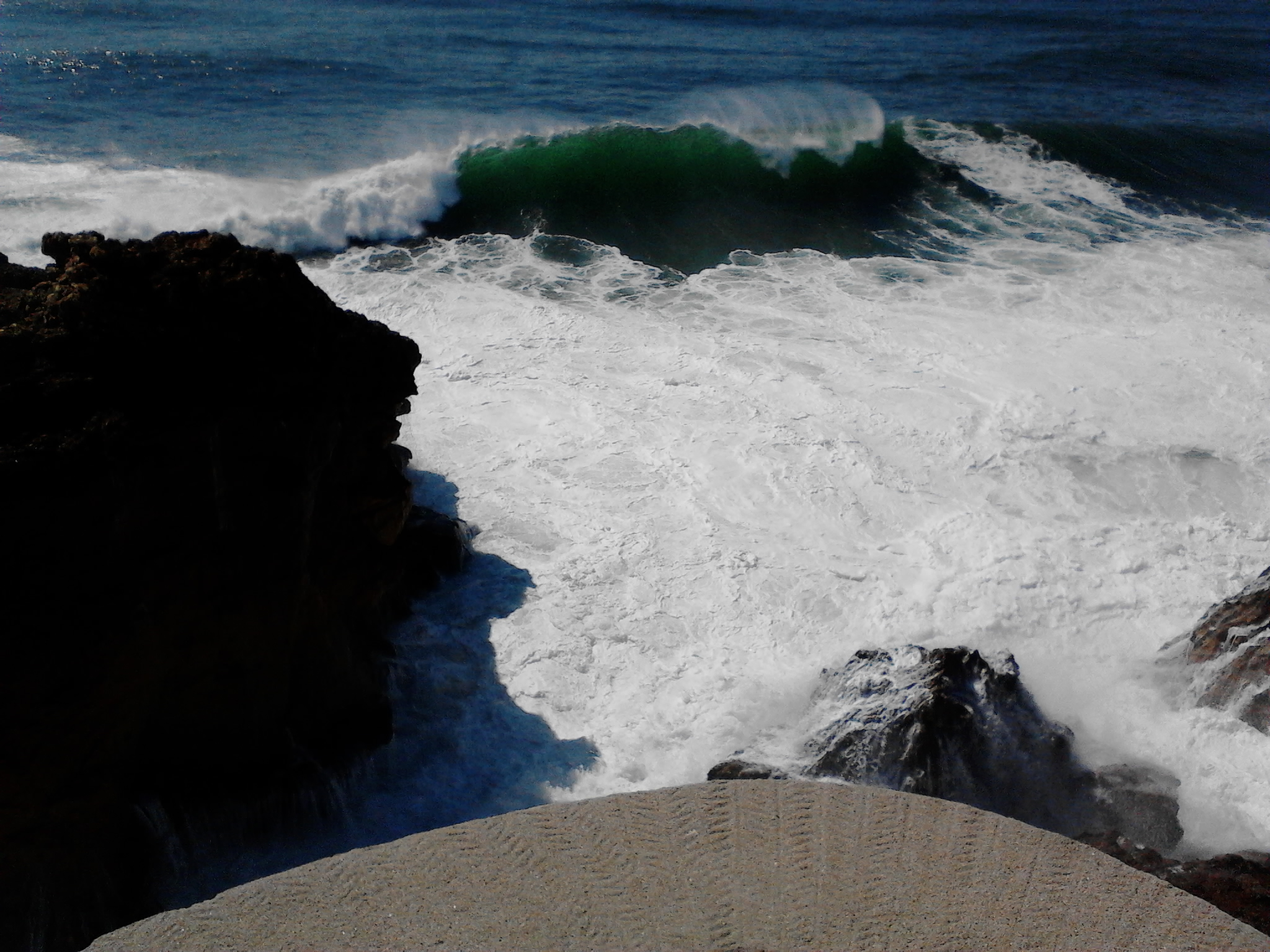 Meanwhile, in Portugal - Photo | Red Bull Surfing  |Nazare Canyon